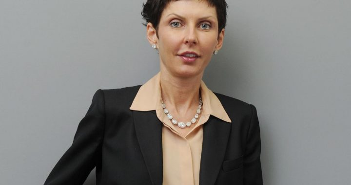 英国女性亿万富翁破纪录 Bet365老板再创高峰