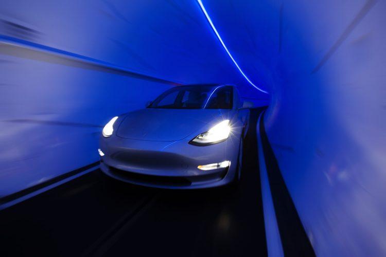 飞速体验!云顶拉斯维加斯赌场 搭上Tesla地下隧道