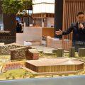 太阳城日本团队公关成田笃史介绍事务所内比例模型