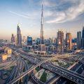 迪拜作为阿联酋的经济中心是世界主要货运枢纽