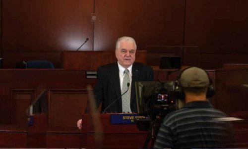 内华达州州长西索拉克发表咨文