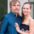 大加拿大人CEO贝克与老婆伊卡特丽娜